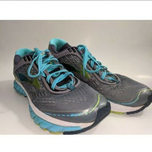 Brooks Ghost true Womens Athletic Running Shoes